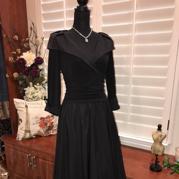 a4a808cdd4f40 Jessica Howard Dresses & Skirts - Jessica Howard tea Length gown
